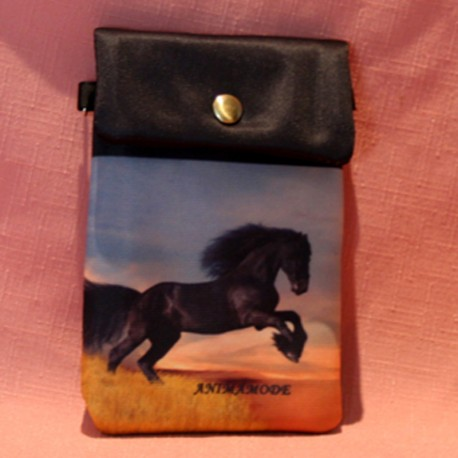 Pochette de téléphone cheval noir frison