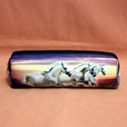 Trousse chevaux blanc